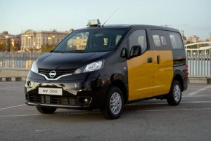 nissan-nv200-ev-taxi-barcelona-rent-a-car-sevilla