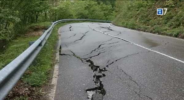 AEC informa del mal estado de las carreteras