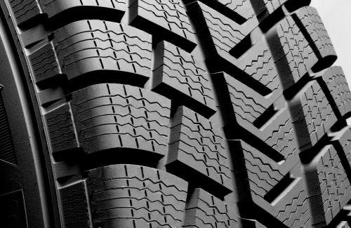 neumáticos-de-invierno-rent-a-car-sevilla