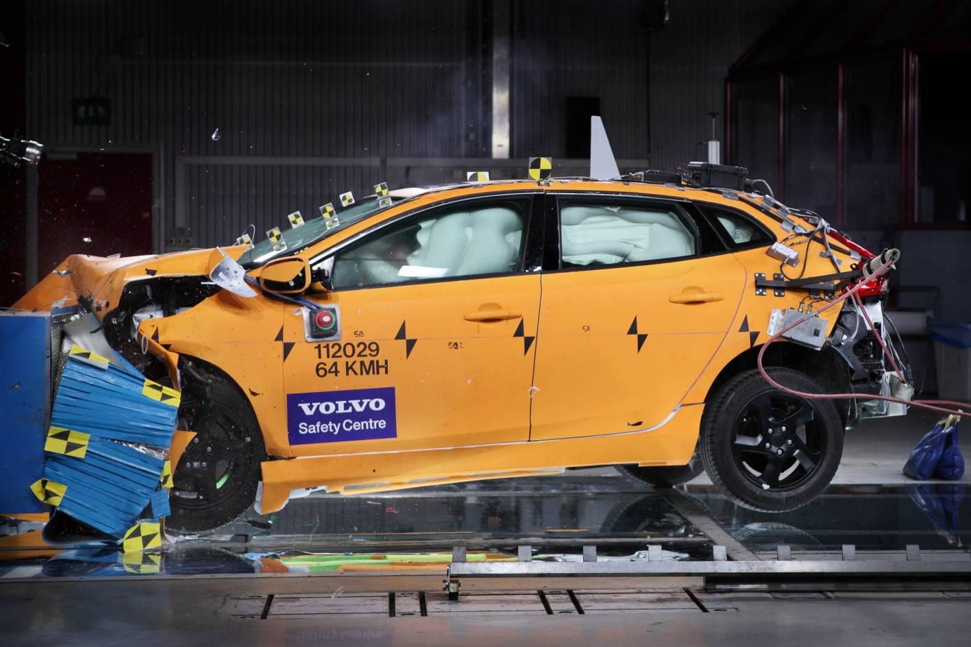 Volvo-como-la-marca-mas-segura-en-automóviles-rent-a-car-sevilla